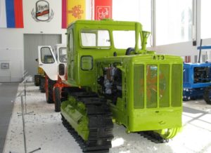 traktor T-4A