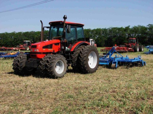 hodovaya-chast-traktora-mtz-1523