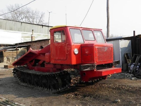 tractor-tt4