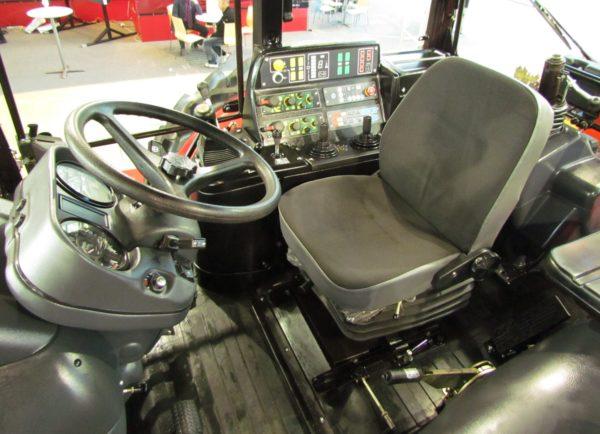 Кабина трактора «МТЗ-3522»