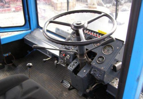 Кабина трактора «ХТЗ–16131»