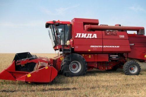 """Комбайн """"Лида 1300"""": технические характеристики"""