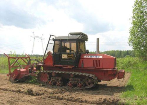 Сфера применения и история трактора «ВТ-150»