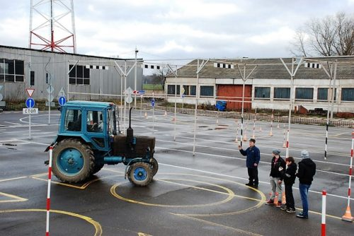Условия выдачи тракторных прав