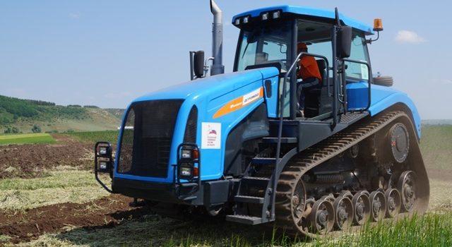 Гусеничные трактора российского производства