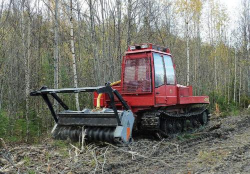 Лесохозяйственные гусеничные трактора «Онежец»