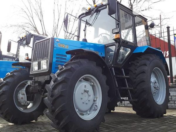 Базовая модель «Беларус МТЗ-1025»