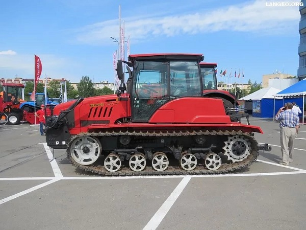 Базовая модель «Беларус МТЗ-1502»