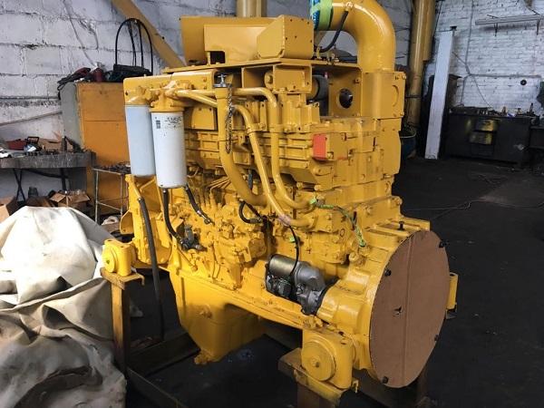 Двигатель бульдозера