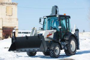 Terex TLB 825 RM: технические характеристики