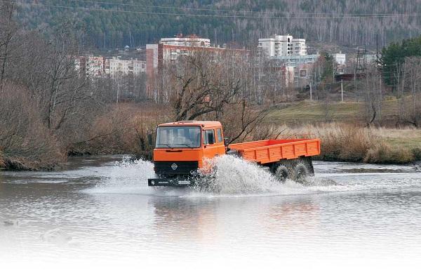 Варианты исполнения и применение двигателя ЯМЗ-7601-01