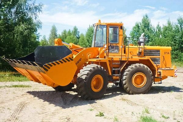 Варианты исполнения и применение двигателя ЯМЗ-7601