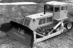 Бульдозер Т-180: технические характеристики