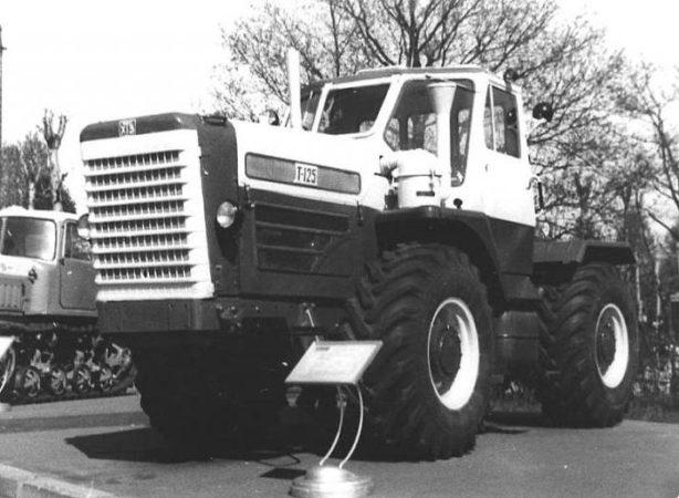 Двигатель трактора Т-125