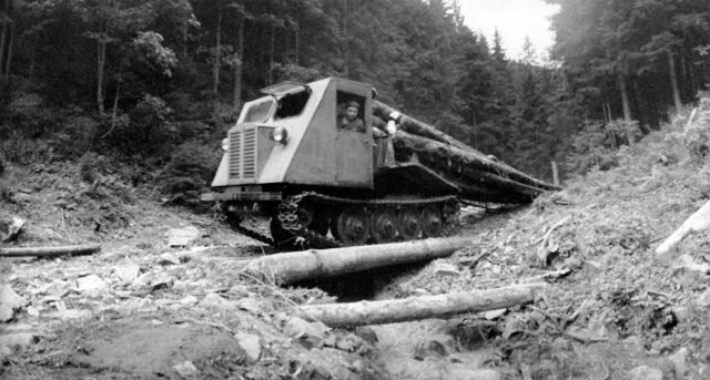 Кабина и рабочее оборудование КТ-12