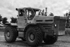 Трактор Т-125: технические характеристики