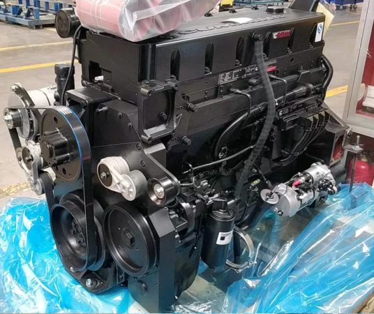 Двигатель и система питания трактора Ростсельмаш-2375