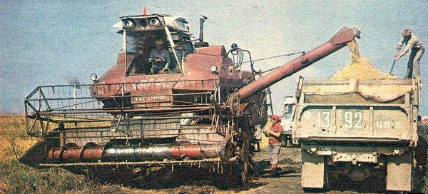 Отзывы механизаторов о комбайнах СК-6 «Колос»