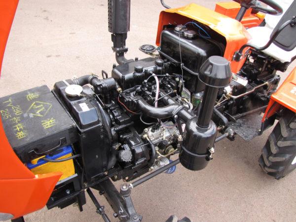 Дизельный двигатель Уральца-160