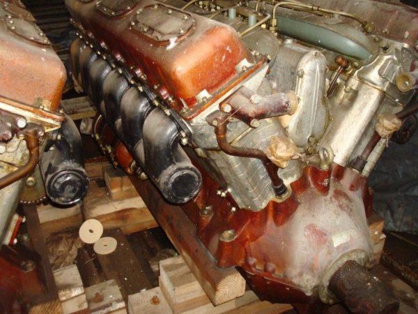 Двигатель тяжёлого тягача АТ-Т